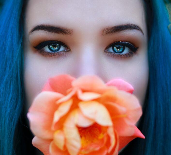 Trucco occhi azzurri: consigli e tutorial